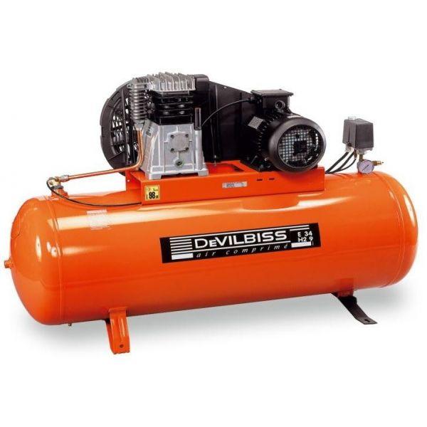 compresseur air a piston 200l de 7 9 bars pour 21 m3 h. Black Bedroom Furniture Sets. Home Design Ideas