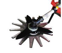 Protection de lame pour débroussailleuse à roues
