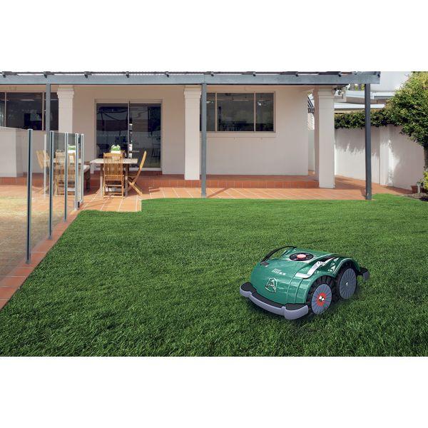 robot tondeuse zuchetti ambrogio l60b avec capteur d 39 herbes. Black Bedroom Furniture Sets. Home Design Ideas